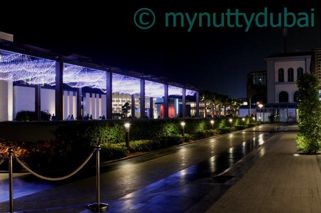 Dubai - looking a little bit like a European city :)