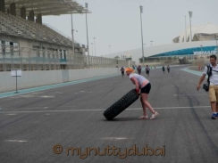 Lifting tyres