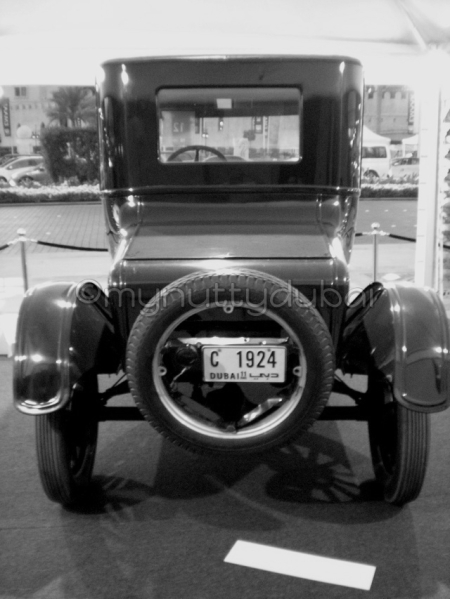 Car Show, 2009 - interesting fact - this car was built in 1924