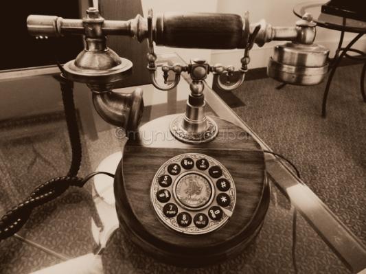 Old telephone in Australia