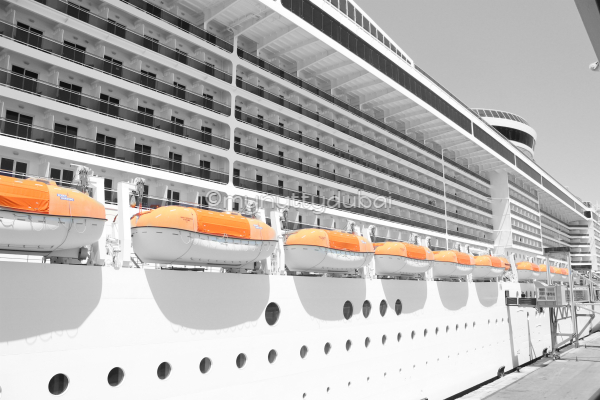 MSC Fantasia, up close and personal