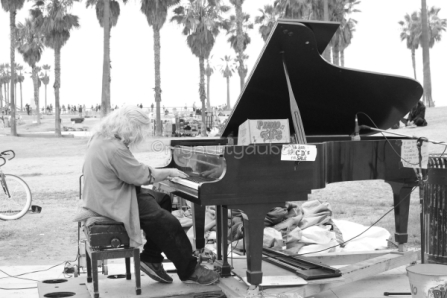 Music on the beachfront, Venice Beach