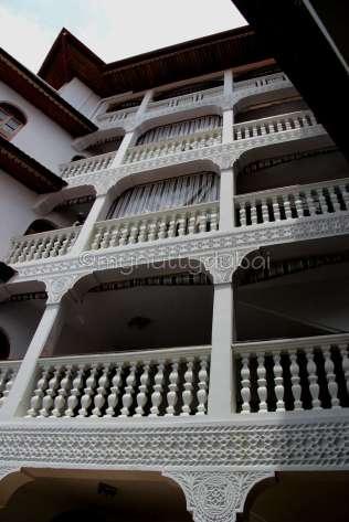 Tausi Palace