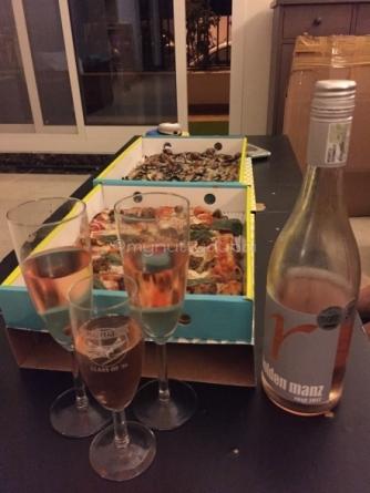 Pizza & wine