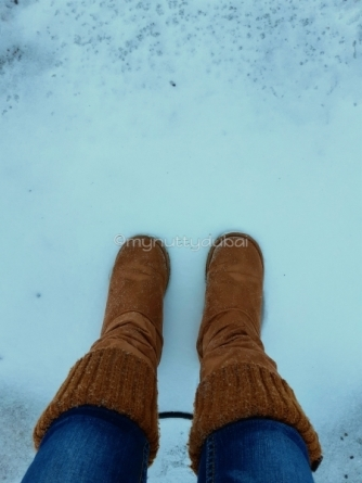 I'm standing in SNOW!